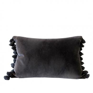 Byliving pyntepude   Grey Velvet Tassel - Bolighuset Werenberg