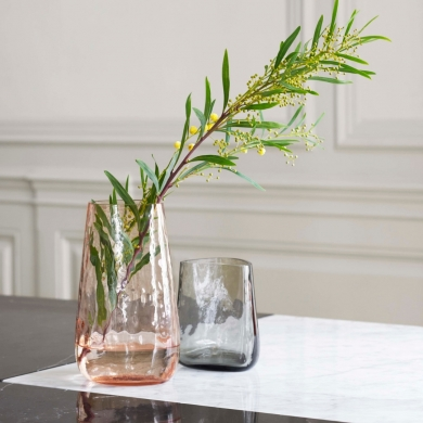 &Tradition | Crafted Glass Vase - Powder SC68 | Bolighuset Werenberg